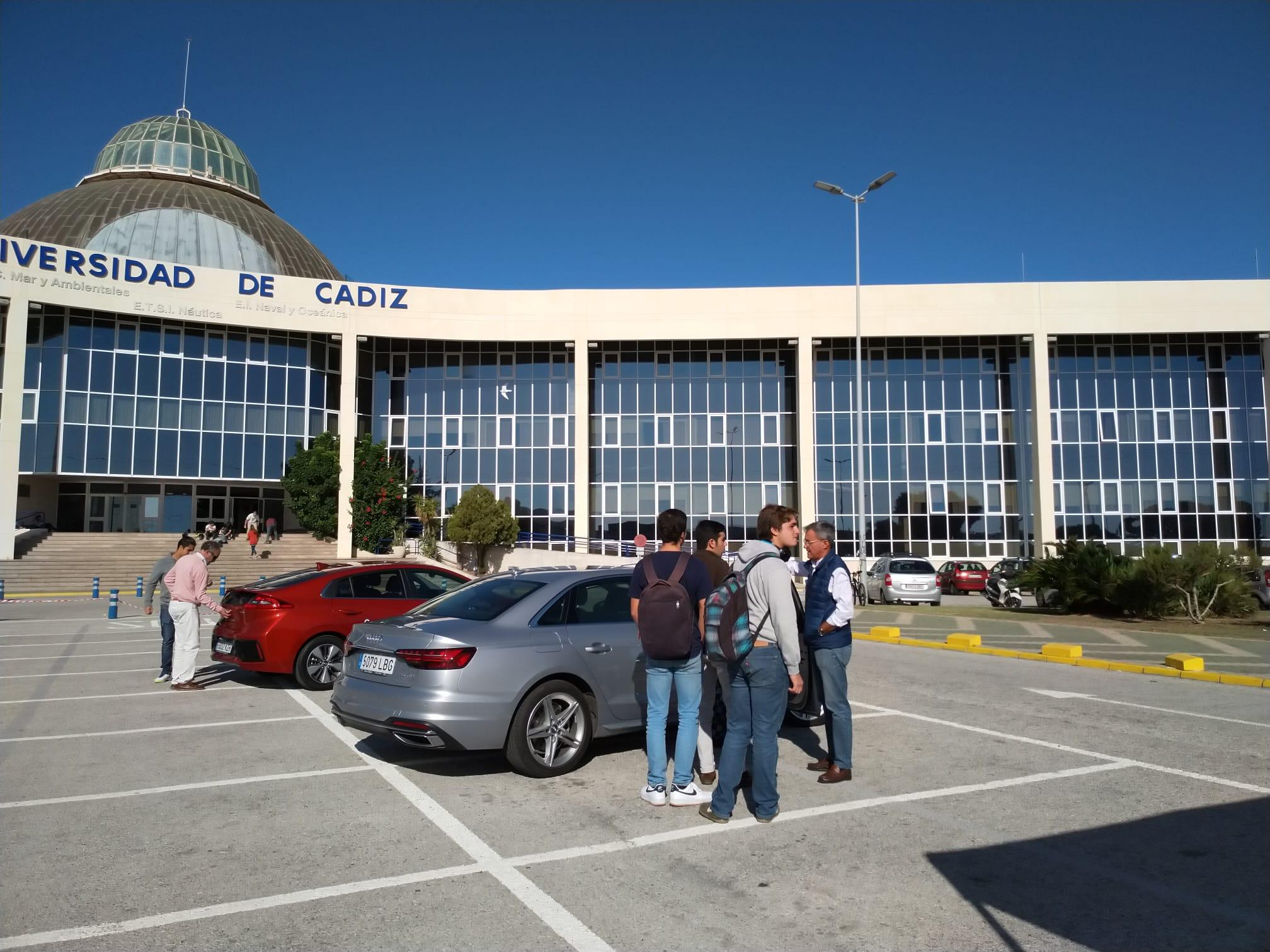 """Éxito de participación de la Campaña de Movilidad Sostenible """"Muévete Razonablemente"""" en el Campus de Puerto Real"""